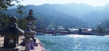厳島神社3