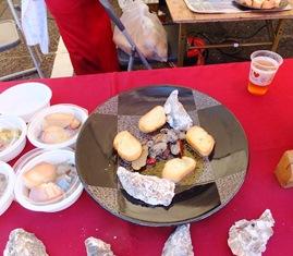 牡蠣のオリーブオイル漬けとガーリックトースト
