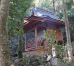 三滝寺の龍神堂