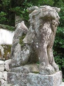 大聖院横狛犬左