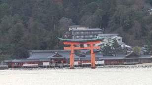 朝の厳島神社