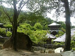 登山道から見た大聖院